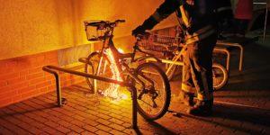Brennendes Fahrrad
